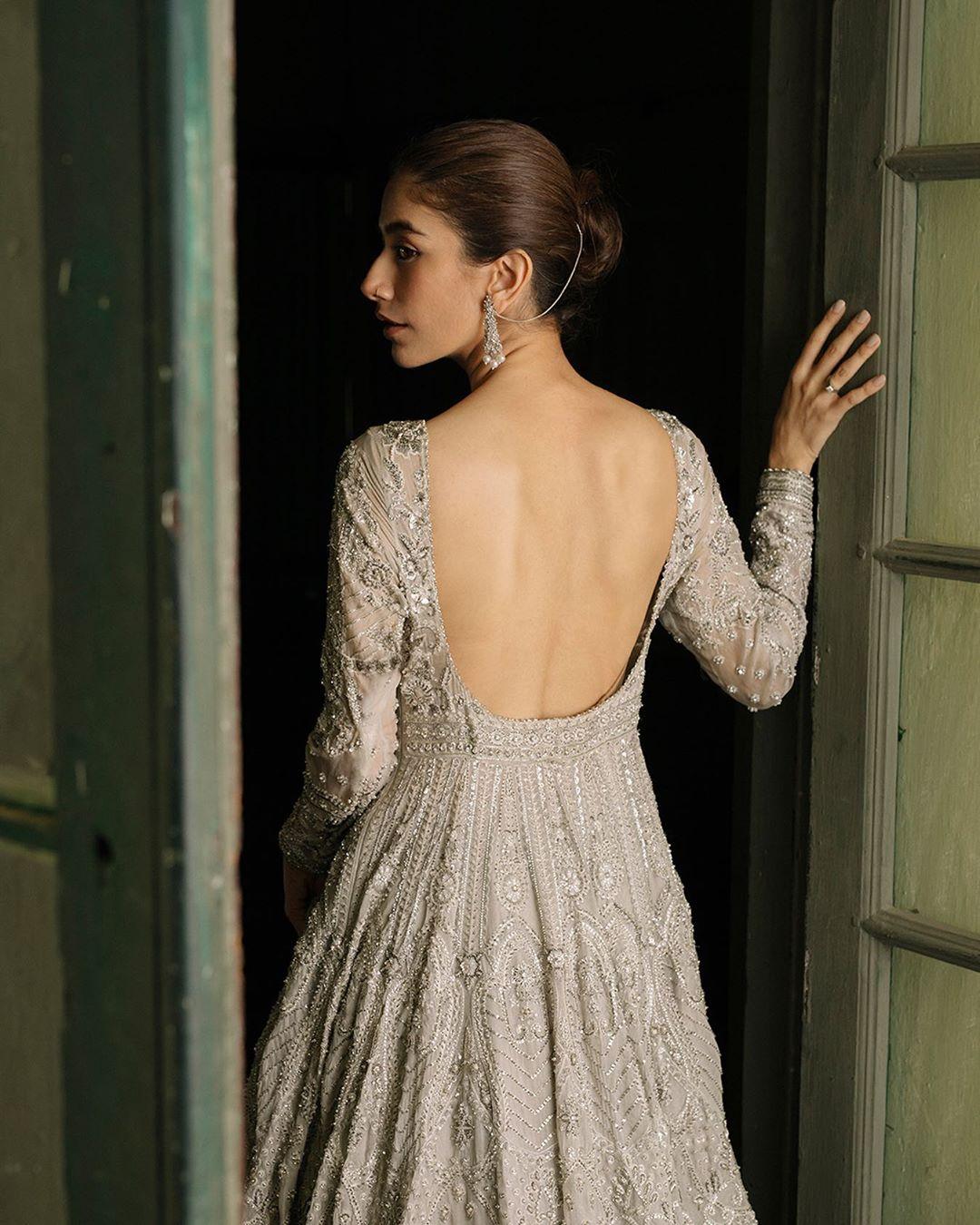 Beautiful Clicks of Syra Shehroz in New Bridal Shoot