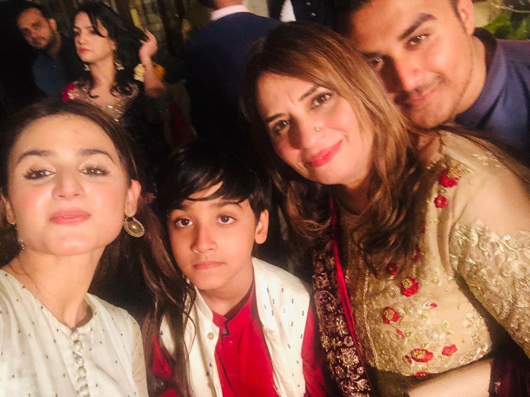 Hira Mani Enjoying Quality time with Family