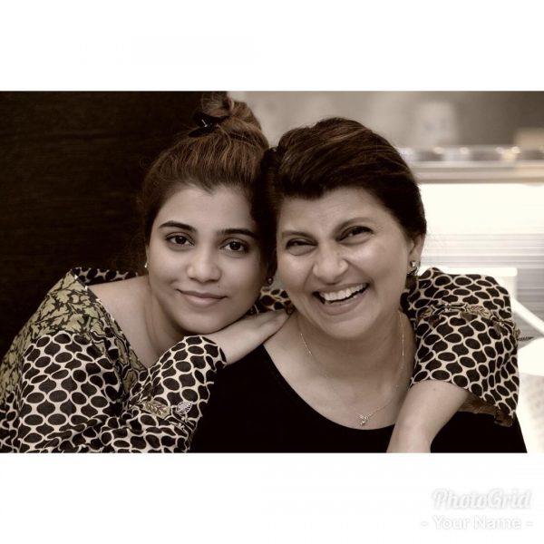 Actress Rubina Ashraf Daughter Minna Tariq