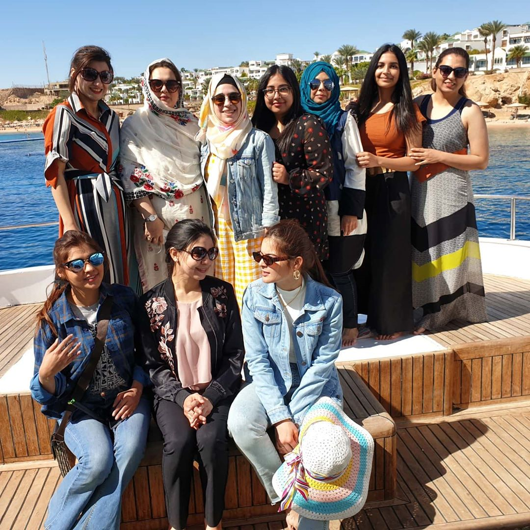 Actress Minal Khan Latest Pictures with her Mother from Egypt