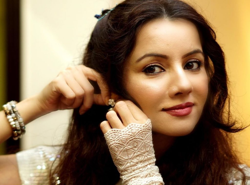 Rabi Pirzada Exposed People Who Leaked Her Nudes 18