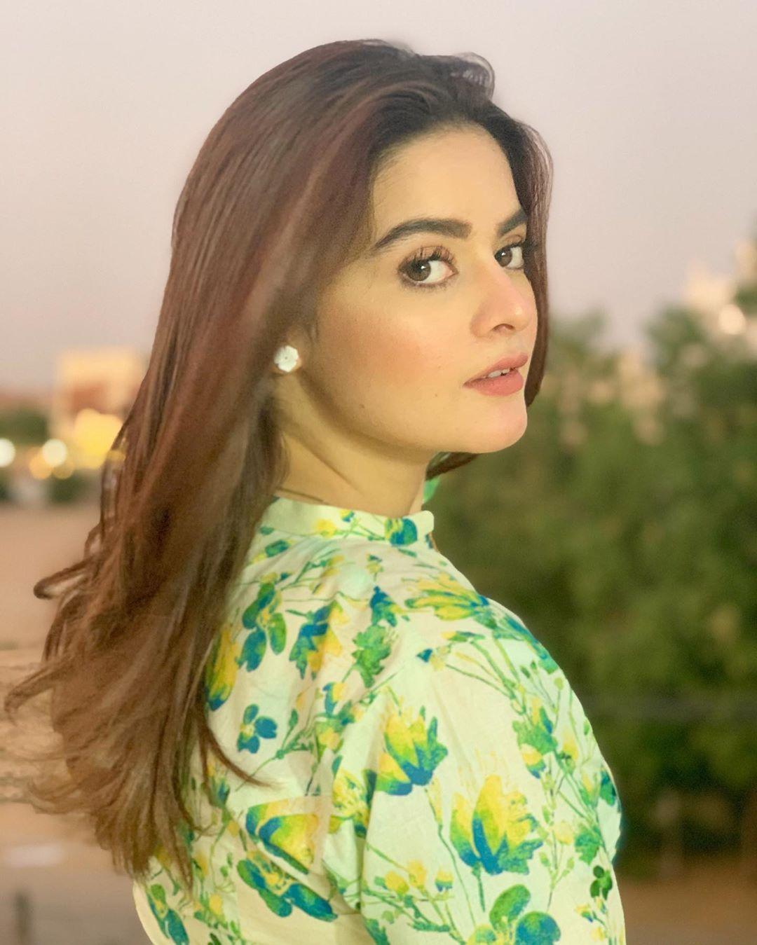 #StayHome Day 30 | Pakistani Celebrities Clicks from Quarantine