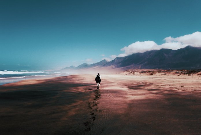 9 Inspirational Quotes About Letting Go