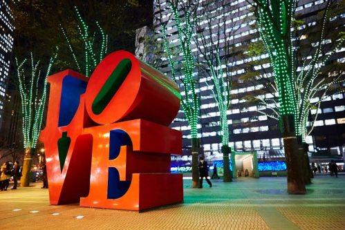 Shinjuku_Love_Robert-Indiana