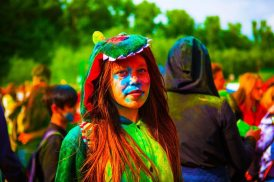 the-festival-of-colors-2387107_1920