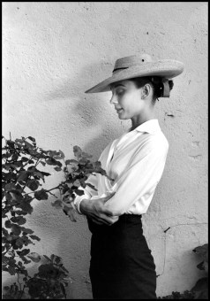 "MEXICO. Durango. 1959. Actress Audrey HEPBURN during filming of ""The Unforgiven,"" directed by John Huston."