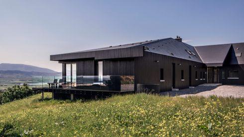 breac-house