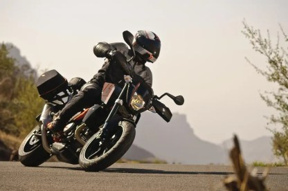 2011-12-05 KTM PRESS CAMP-65