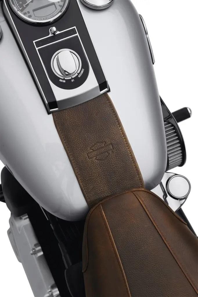 Panel de depósito 71 € © Harley-Davidson.