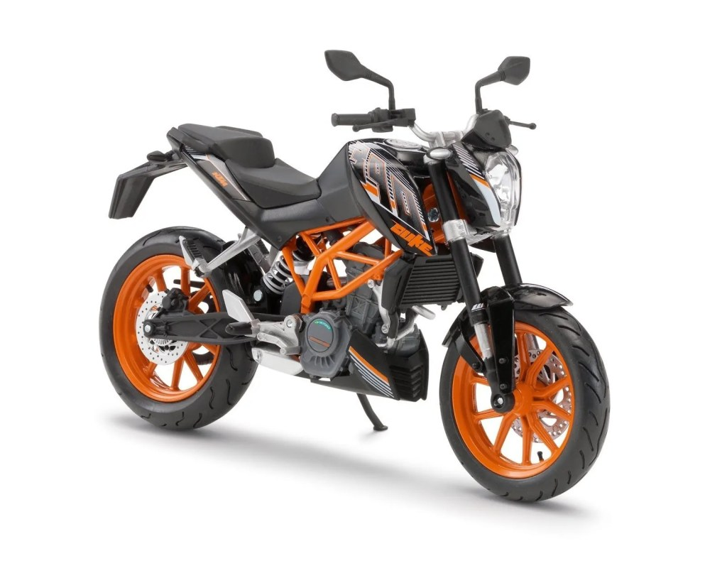 2015-ktm-duke-390-review