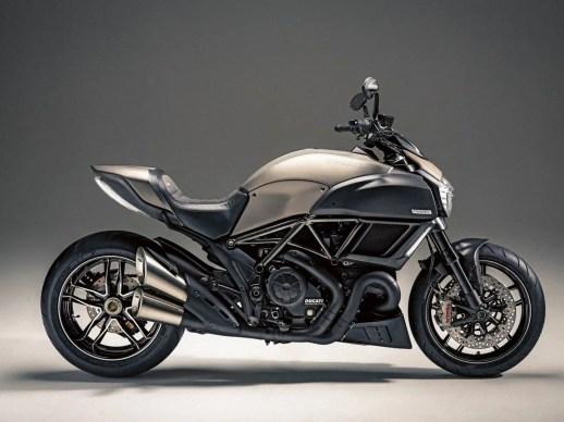 Ducati-Motorbike-43