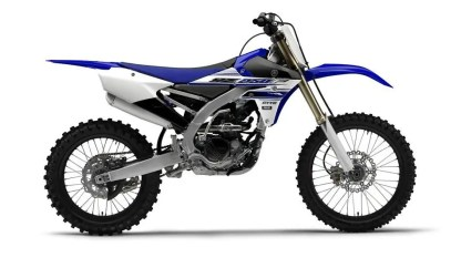 2016-Yamaha-YZ250F-EU-Racing-Blue-Studio-002