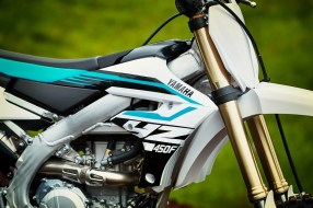 2018-Yamaha-YZ450F-First-Look-Review-16