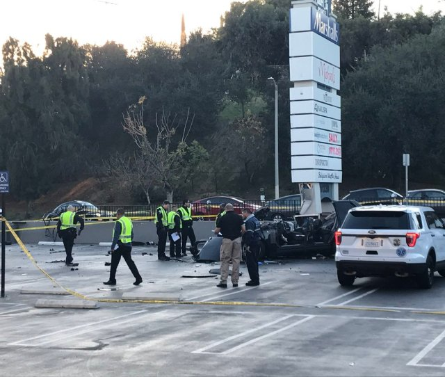 Investigators Are On Scene Early Wednesday Jan 31 2018 On Ventura Boulevard In Studio City After A Range Rover Crashed Into Several Objects Before