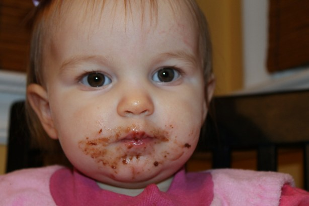 messy cake face