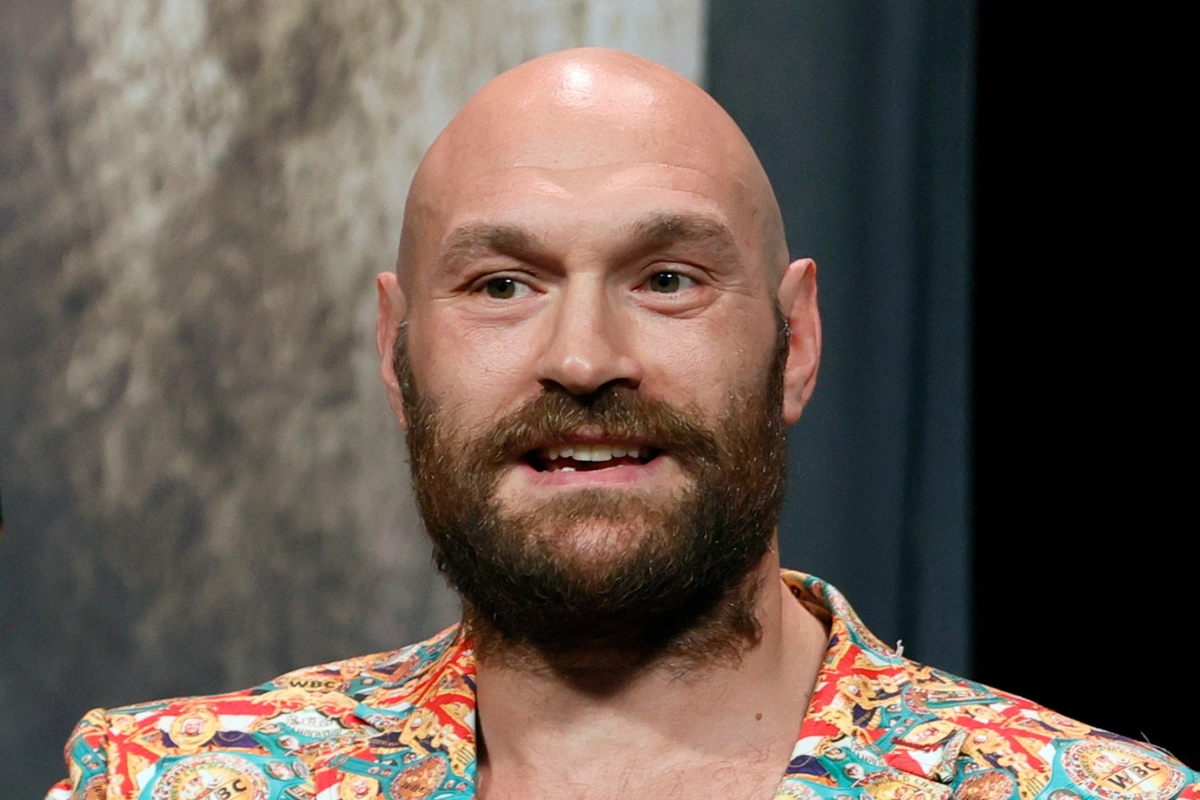 Tyson Fury fears end of boxing career as training keeps mental health demons at bay