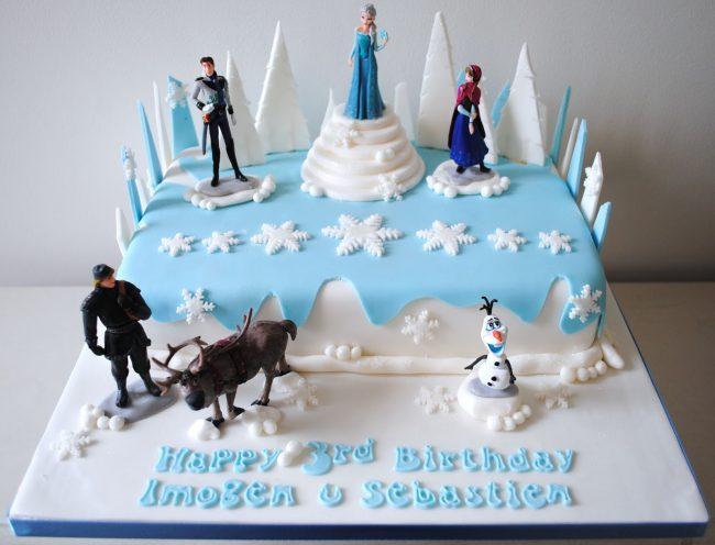 Kue Ulang Tahun Frozen (Kue Ultah Anak Perempuan)