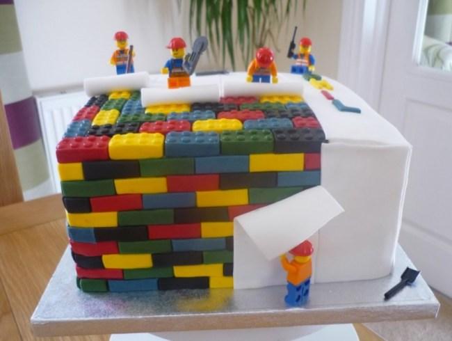 Gambar Kue Ulang Tahun Anak bentuk Lego