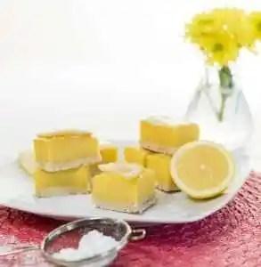Sunshine Lemon Squares with a Ginger Shortbread Crust www.dailytiramisu.com
