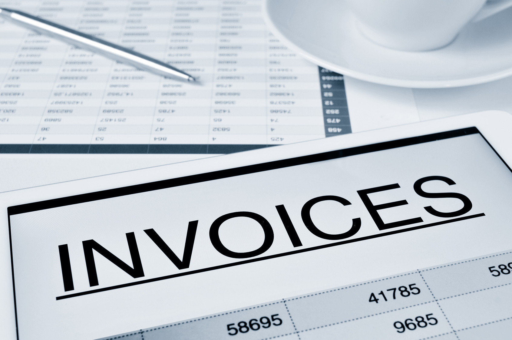 3 Reasons Invoice Factoring Can Improve Business Cash Flow