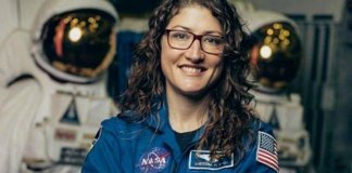 Christina back on Earth after 328 days in space (Live from NASA)