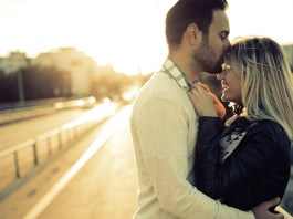 How to propose to a man | Gottman Method Marriage and Couples Therapy. Photo: counselingatl.com