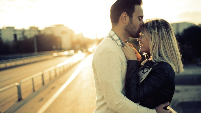 How to propose to a man   Gottman Method Marriage and Couples Therapy. Photo: counselingatl.com