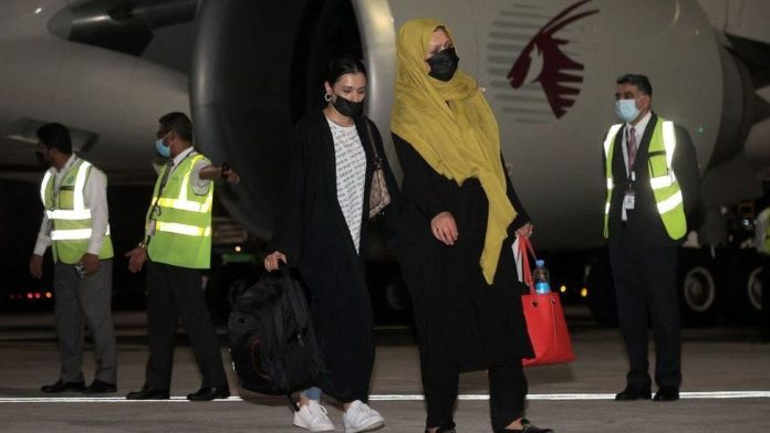 First foreigners fly out of Kabul since US pull-out