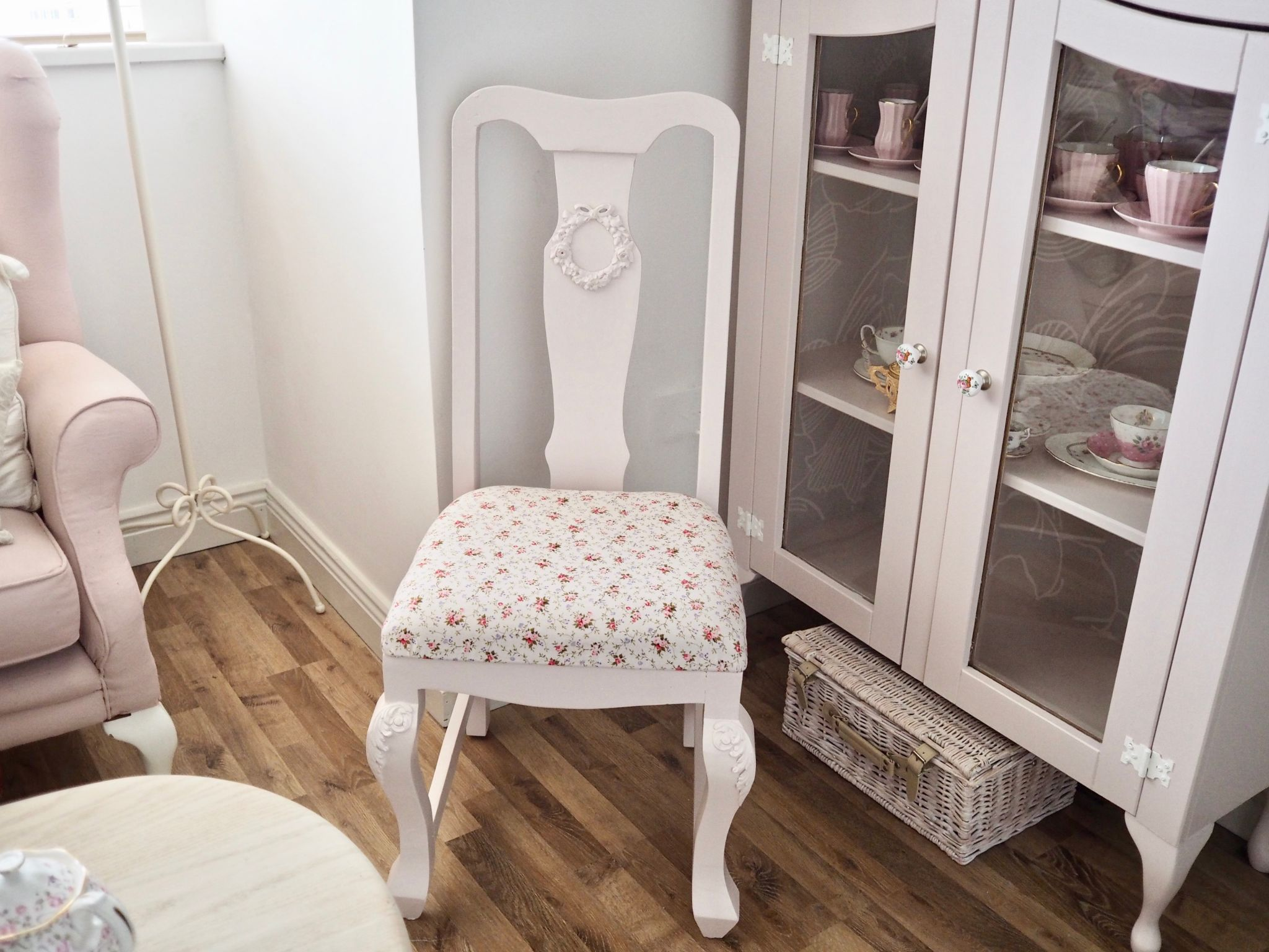 Furniture painting FAQ's, how to paint your furniture