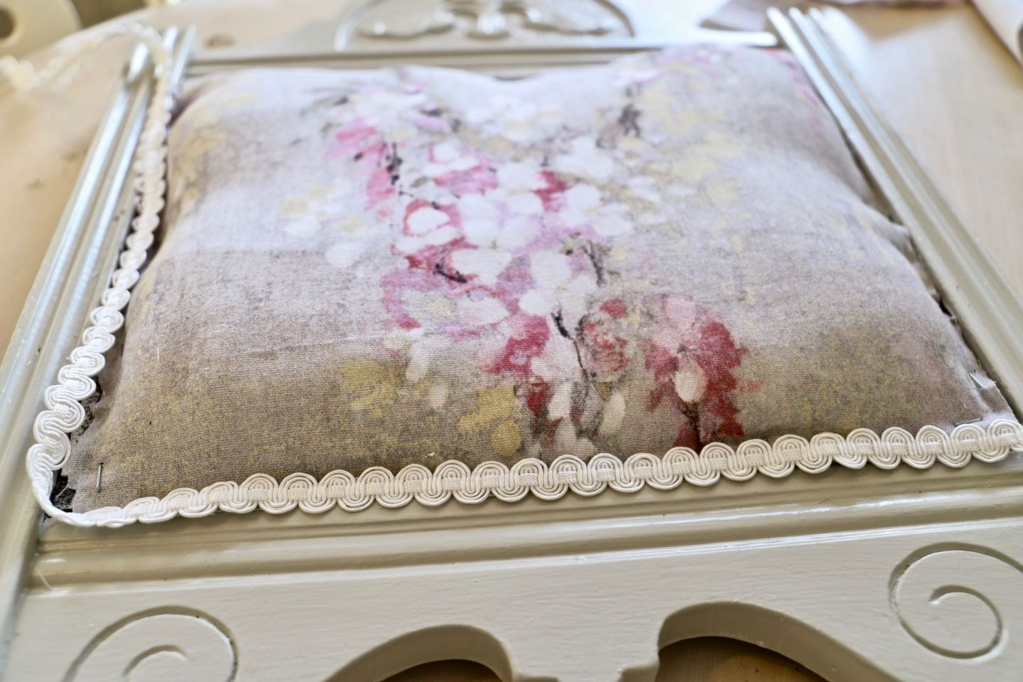 Floral upholstery fabric