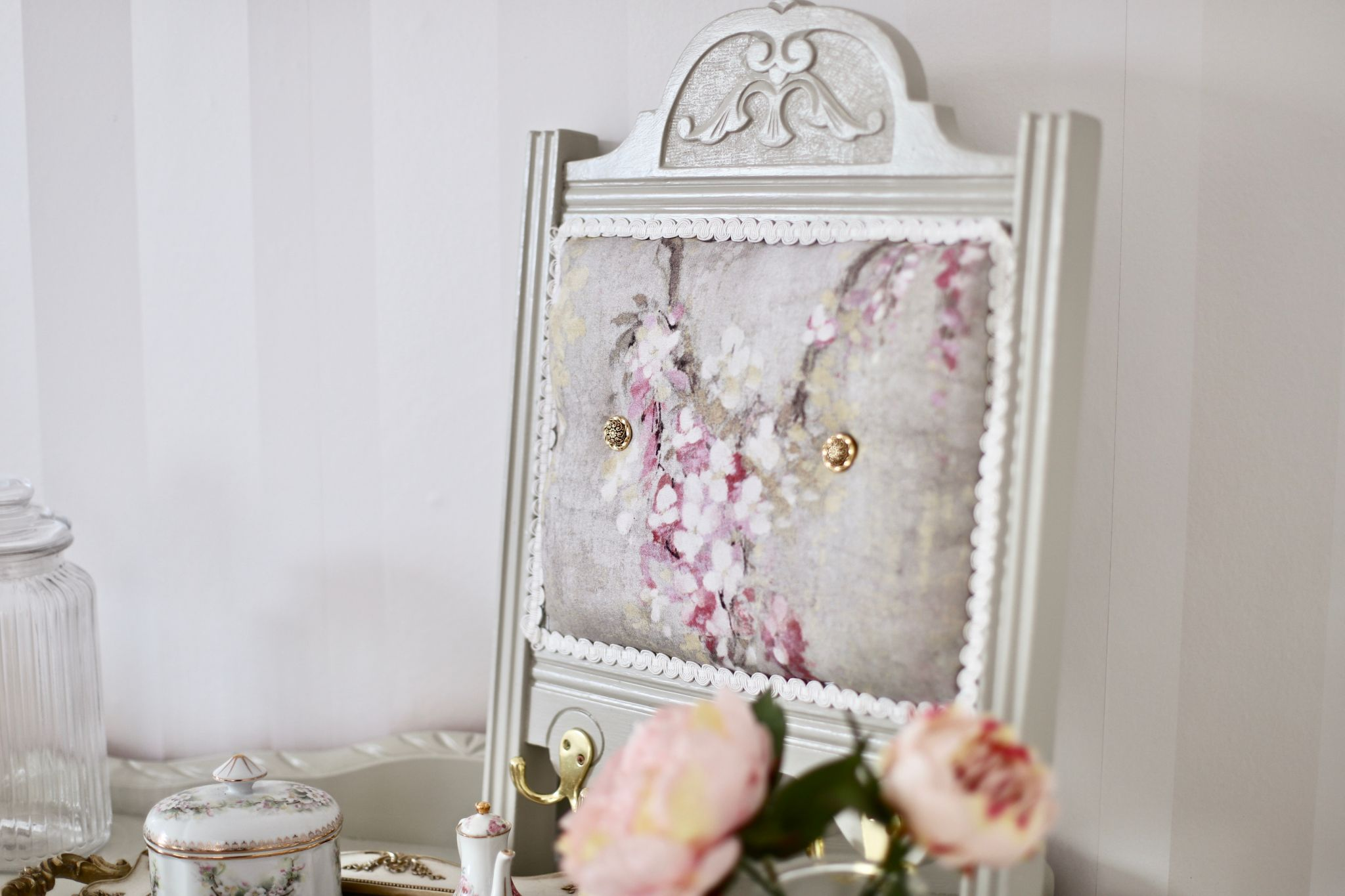 DIY Up-Cycled Broken Chair Makeover