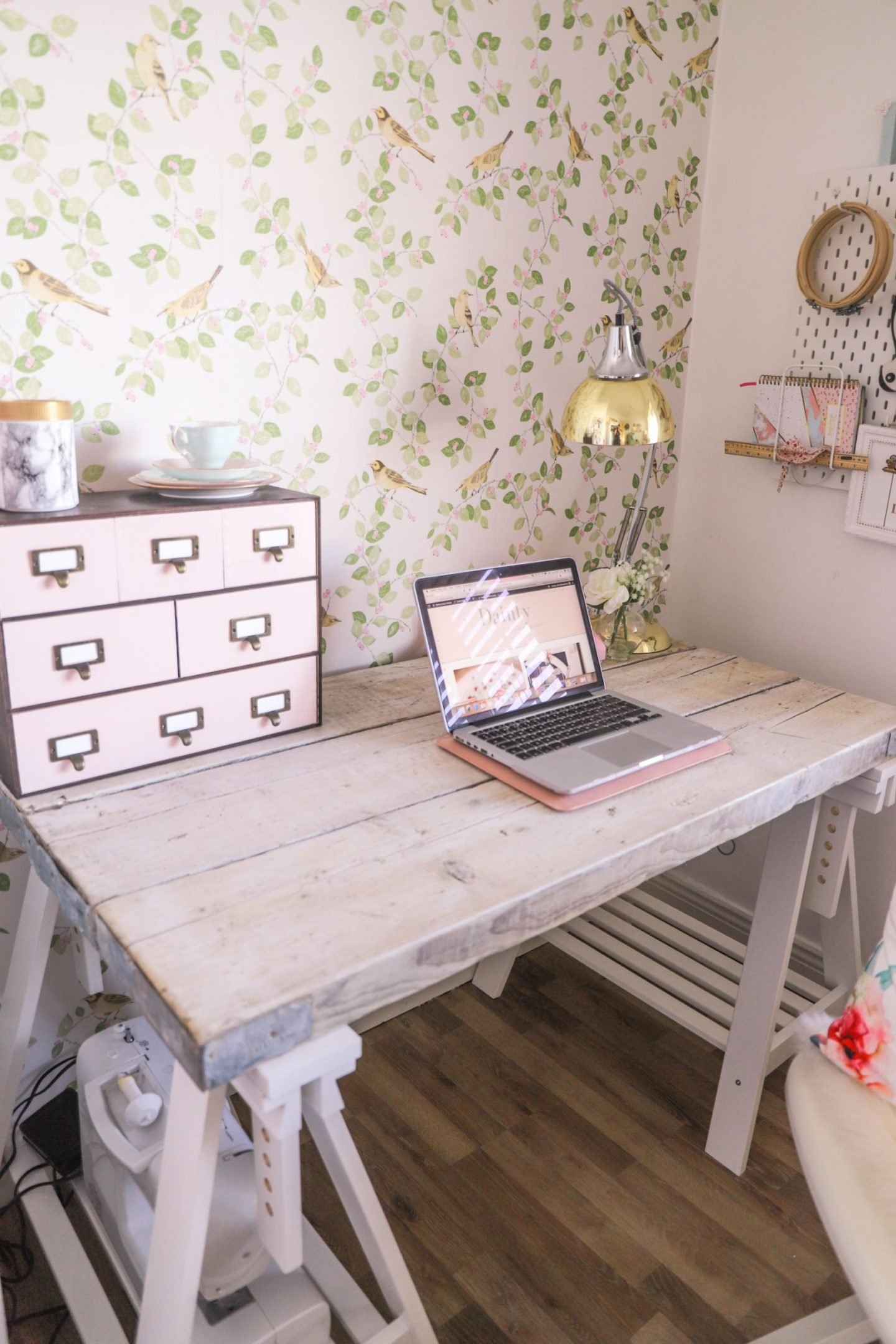 DIY Scaffold board office desk