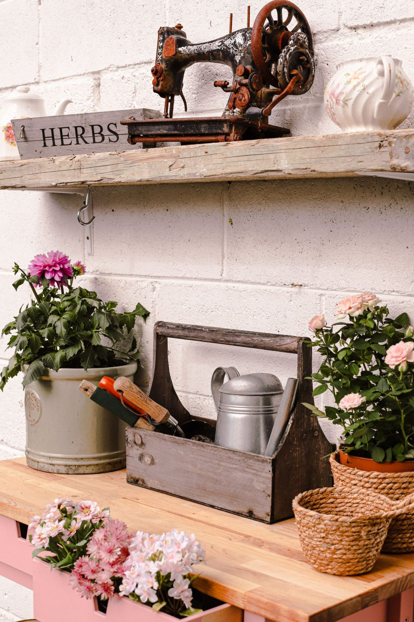 How I hacked an Ikea Forhoja cart into a garden potting bench