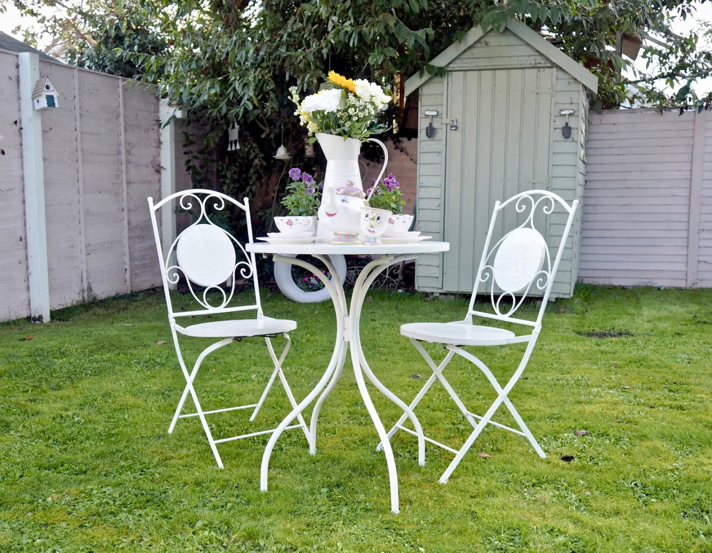 10 garden DIYs to brighten your outdoor space