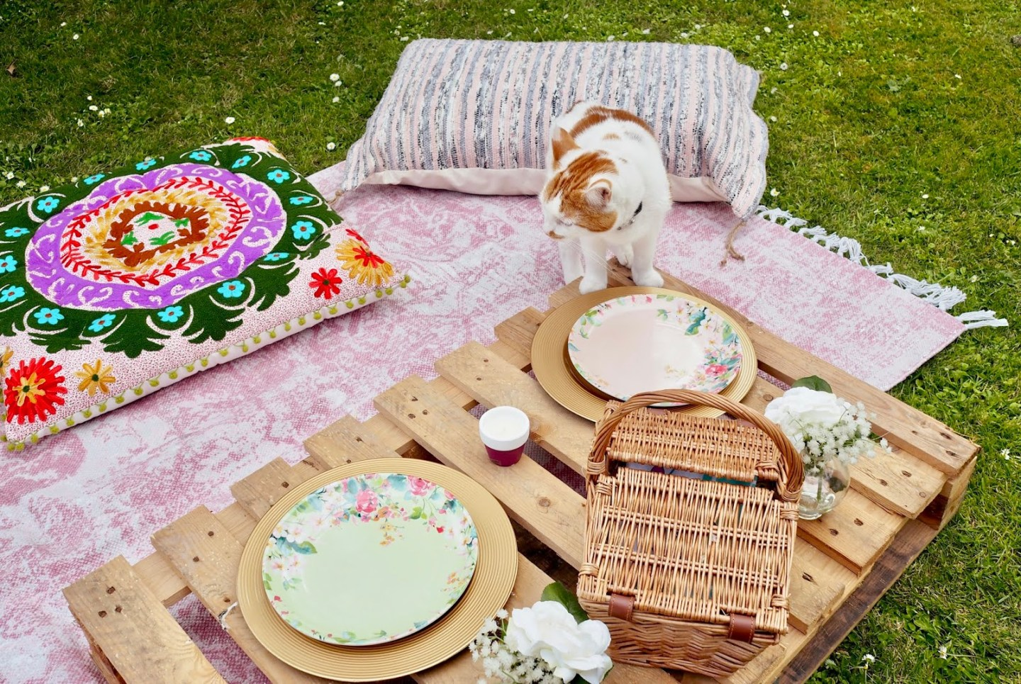 DIY Summer garden party idea