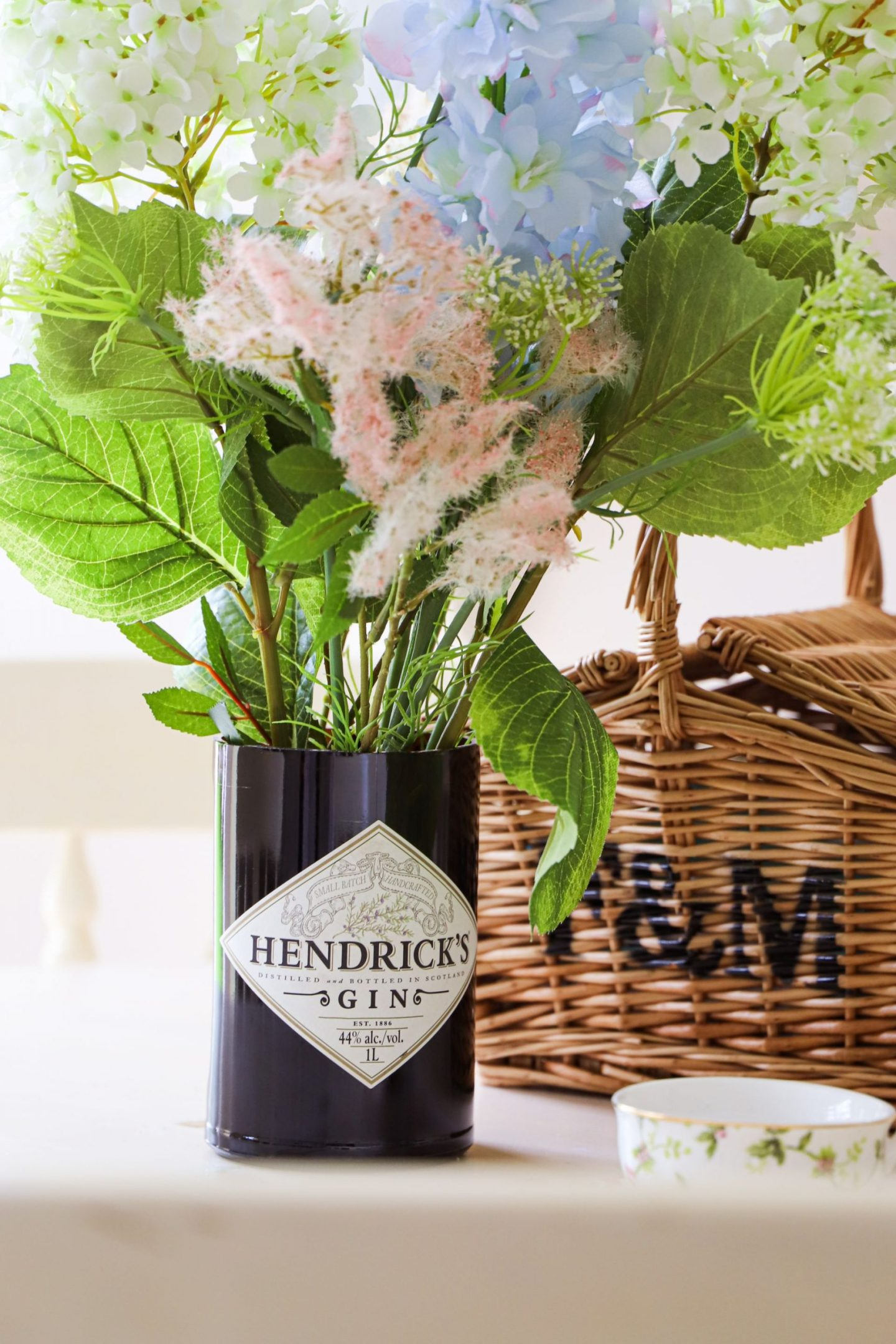 How to cut a glass hendricks bottle