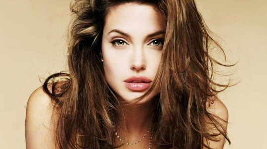 Angelina Jolie 2013 540x303 - Todas Las Cirugías de Angelina Jolie