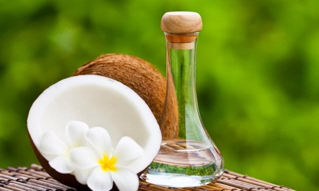 Virgin Coconut Oil - Aceite de Coco, el Cosmético Perfecto
