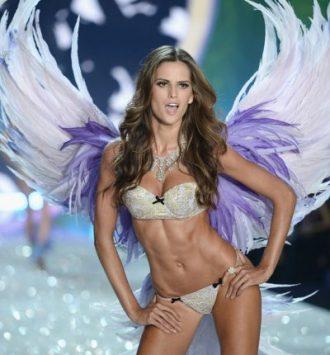 IzabelGoulart2013VictoriaSecretFashiongabp8AUQbVCl e1501445546358 - La Rutina Fitness de Izabel Goulart