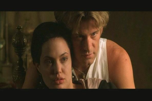 OS Angelina Jolie 089 - Cantopexia, la Cirugía que Rasga los Ojos