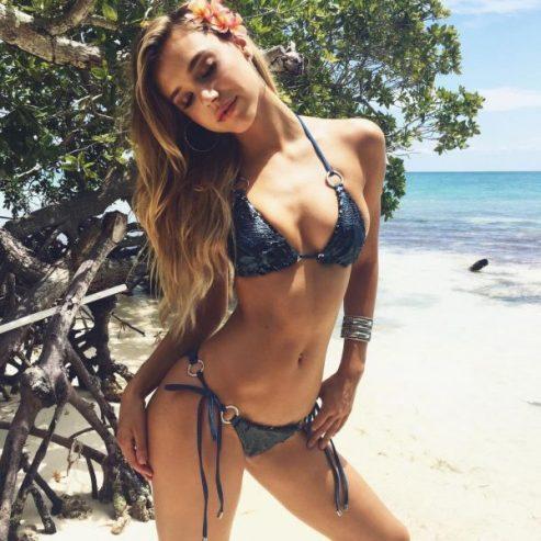 alexis ren bikini e1530372701904 - El Secreto del Cuerpazo de Alexis Ren