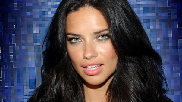 adriana lima 640x360 - ¿Adriana Lima Abandona Victoria's Secret?