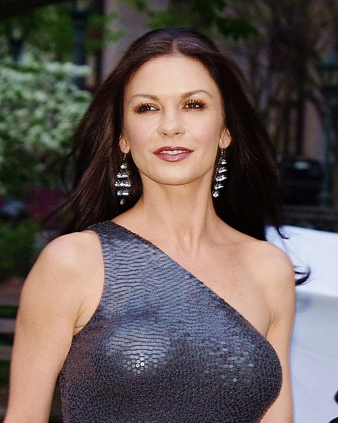 Catherine Zeta Jones VF - Las Cirugías de Catherine Zeta-Jones