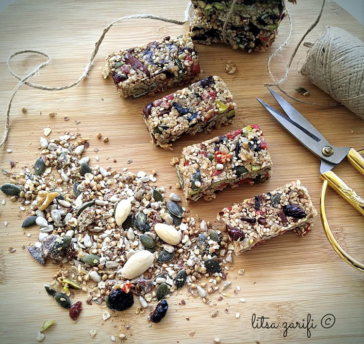 bars with oats and nuts