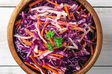 macedonian salad with cabbage