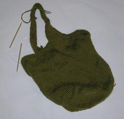 olive green felted purse, handles interlock
