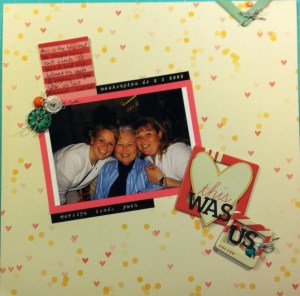 Scrapbook LO of my sister, mom and I in Washington DC