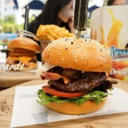 longboards, 衝浪者天堂, 漢堡, 黃金海岸美食, goldcoast, surfing-paradise-food, hamburger