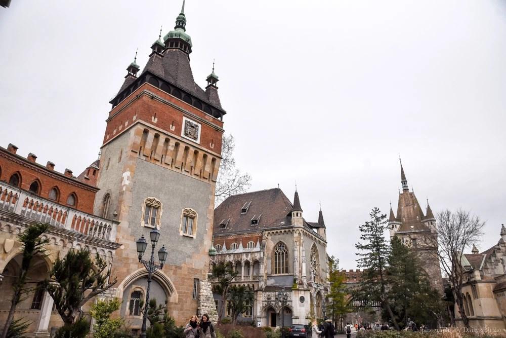 沃伊達奇城堡, 布達佩斯城堡, 布達佩斯景點, 城市公園, 英雄廣場, 塞切尼溫泉浴場, 布達佩斯溜冰場