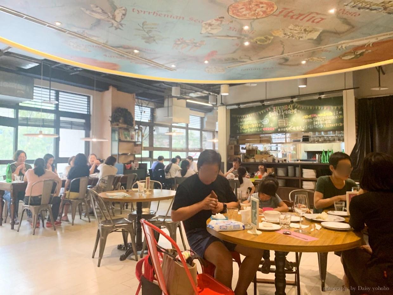 K2小蝸牛廚房, 台中義大利麵, 歌劇院美食, 台中市政府美食, 文心路, 墨魚麵, 義大利麵